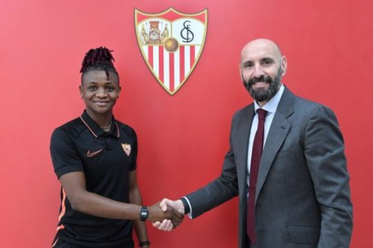 Super Falcons striker Uchenna Kanu joins Sevilla Femenino