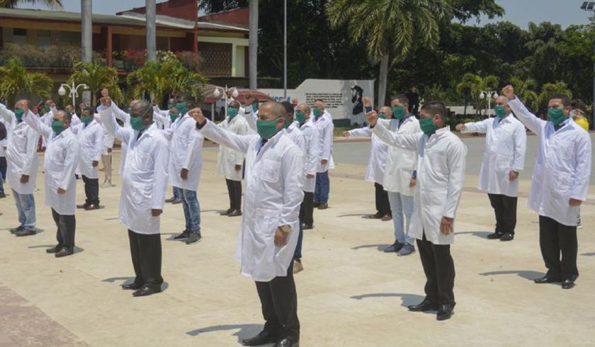 0-12-brigada-medica-cubana-italia-2.jpg