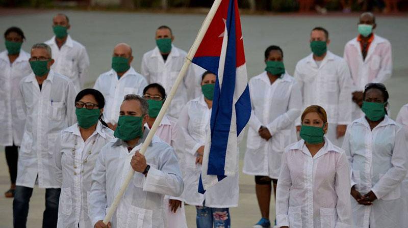 2505-medicos.jpg