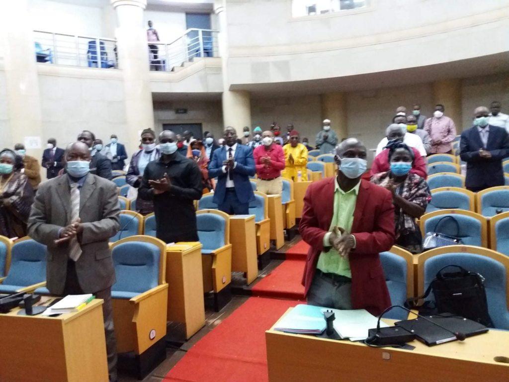 https://i1.wp.com/www.acn.cu/images/2020/agosto/0608-parlamento-guinea-bissau.jpg