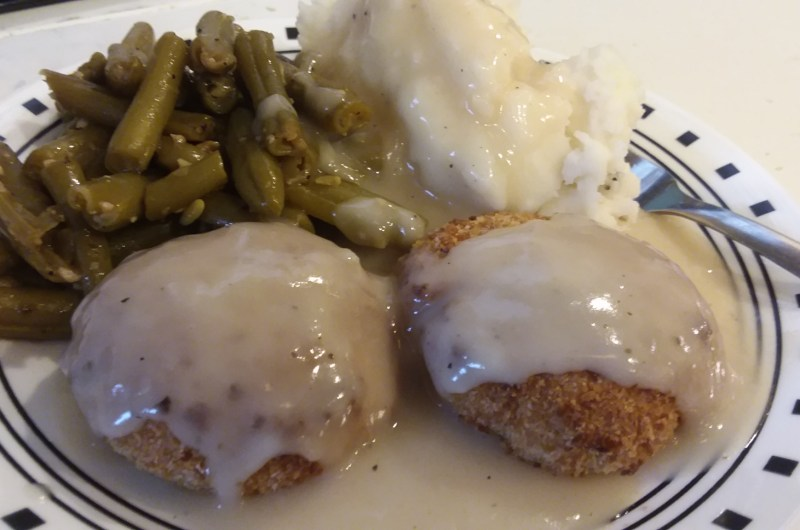 Classic Chicken Croquettes with Gravy
