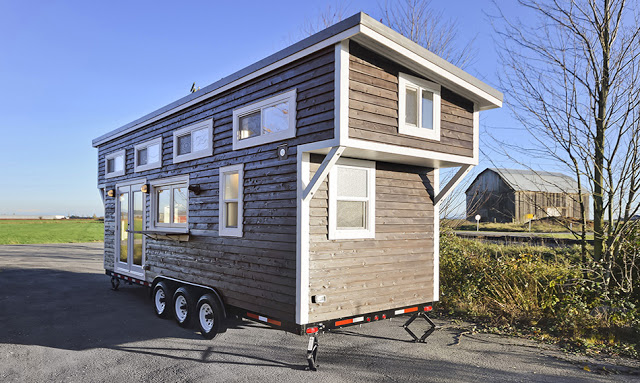 custom-mint-tiny-house-1