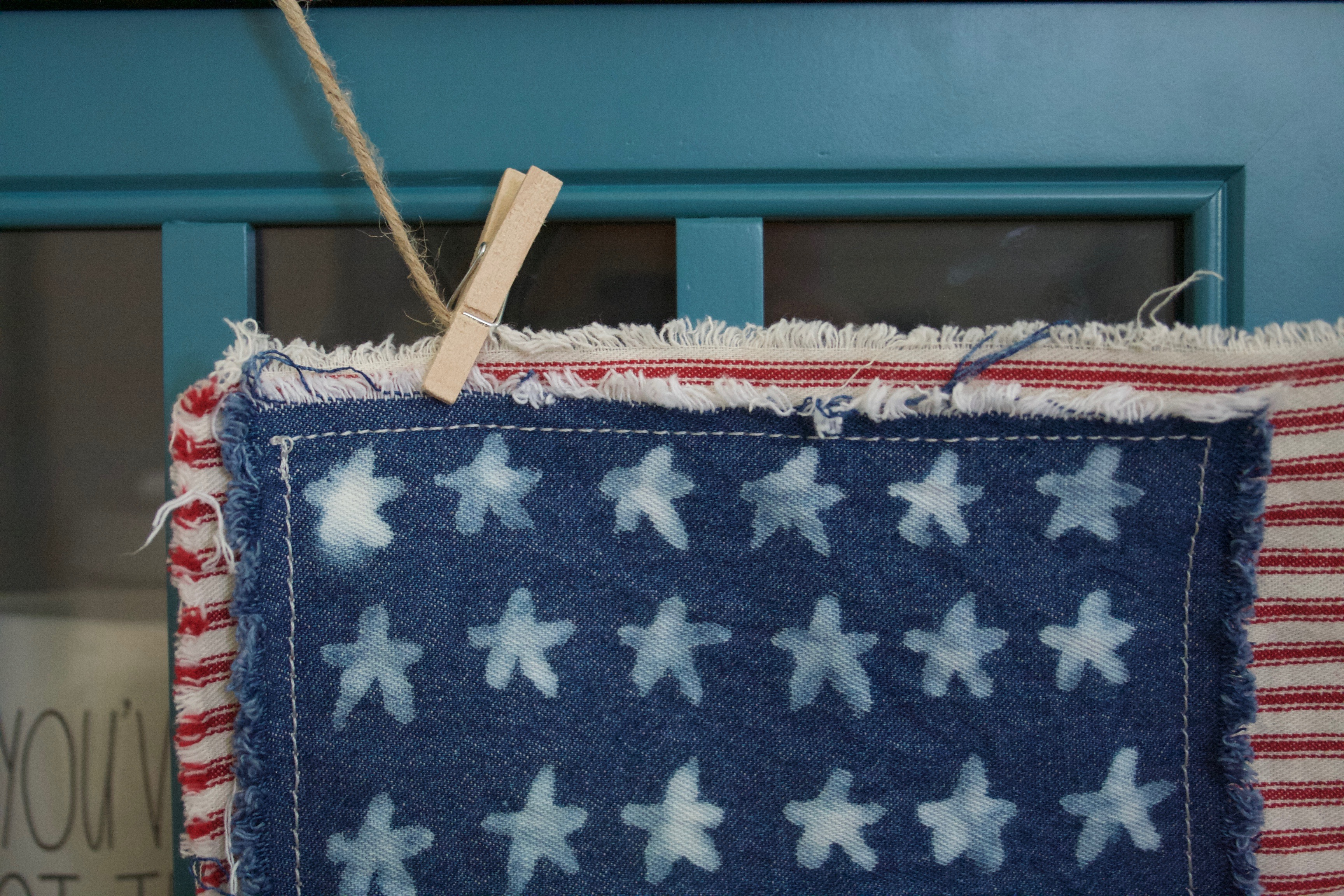 DIY Patriotic & Vintage Inspired American Flag for Independence Day