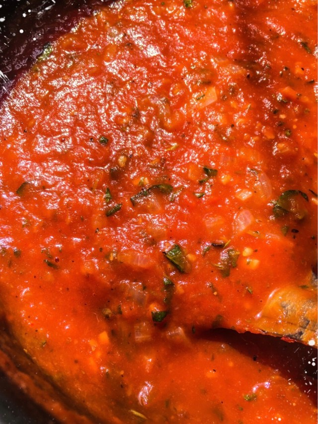 HOME-MADE MARINARA SAUCE
