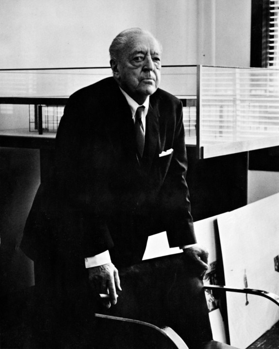 a lesson on structure from ludwig mies van der rohe a continuous lean. Black Bedroom Furniture Sets. Home Design Ideas