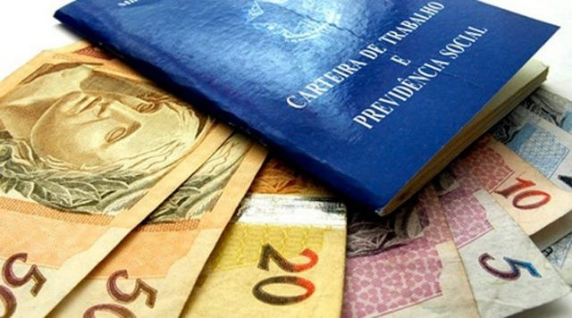 Resultado de imagem para Ministério da Fazenda sugere fim do abono salarial e revisão do reajuste do mínimo