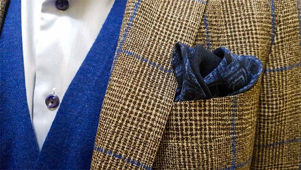 pairing brown and blue for your outfits
