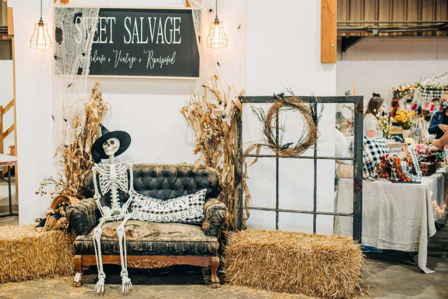 If you're looking for a fun way to shop small and support local, look no further than the Sweet Salvage Harvest Fair.  . We'll be there Oct 1st-2nd  Location: Lone Pine Farms Friday October 1, 4:00-9:00 ($8.00)Saturday October 2, 10:00-5:00 ($5.00)Kids 12 under FREE . For all the details on vendors and food trucks follow @Sweetsalvagedesigns . Event: https://www.facebook.com/events/1692965100893455  #goodnews #vendorshows  #plaidaddict #craftshows #oregoncrafters  #fallcolors #fallleaves #falltrends  #fallstyle #autumncolors #fallhats #autumnfashion #liketkit #autumnstyle #autumndays #realoutfitgram #boutiqueshopping #autumnweather #instaautumn #sweaterweather #boutiquefashion #autumnsky #autumntime #autumncolours #instafall #falltime #sweaterbranded #fallbabyshower #babygifts #shopsmall