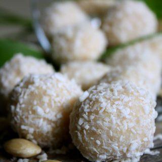 Docinho de Coco- Inspirado no Raffaello (Vegano e Sem Açúcar)