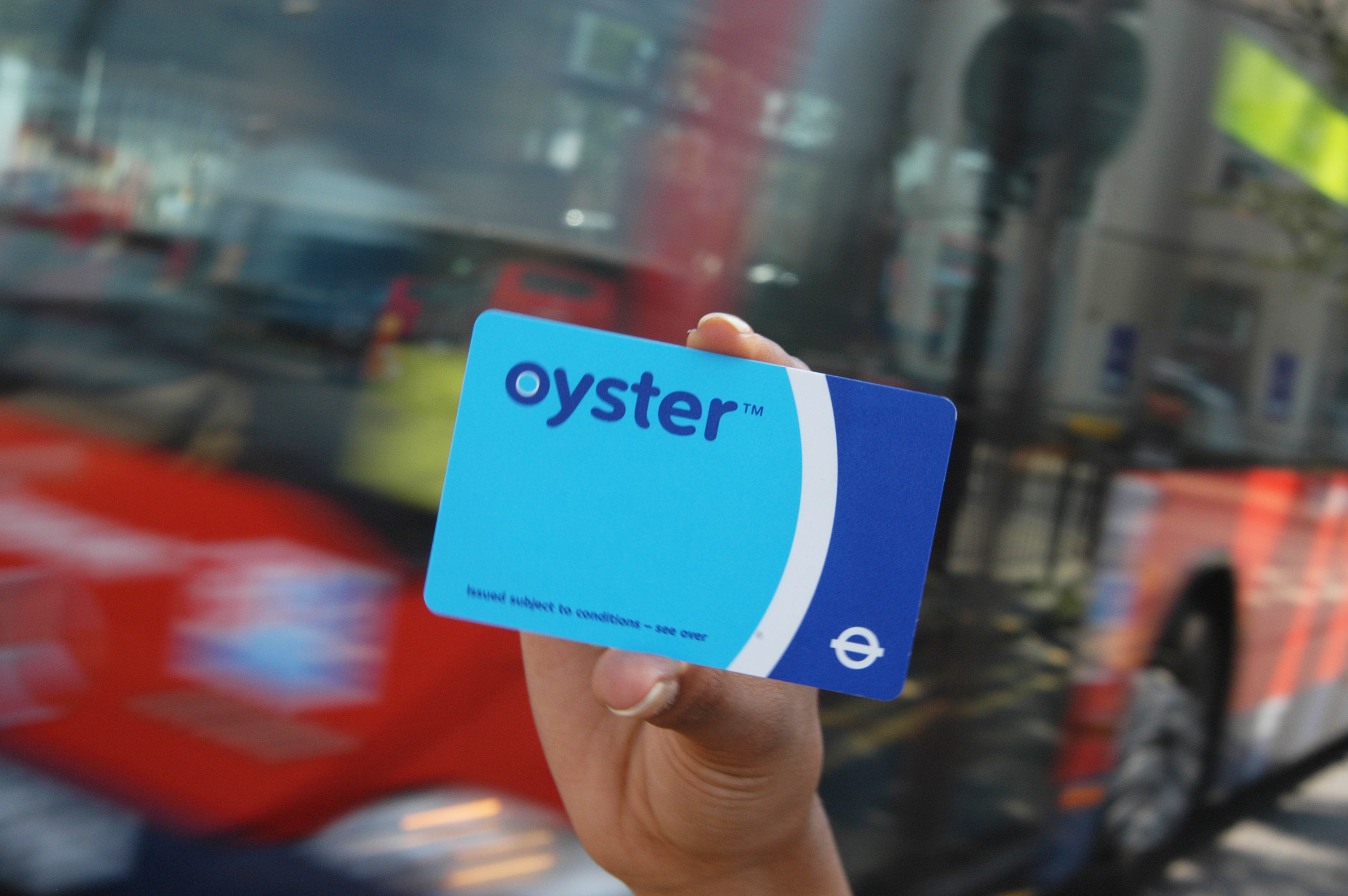 Oyster cards are not generally valid outside of greater london. Oyster Card Acp Rail