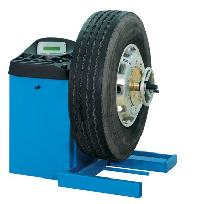 Ravaglioli Commercial Wheel Balancer