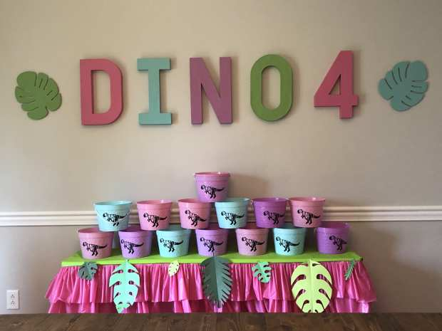 Dinosaur theme birthday party Decorations
