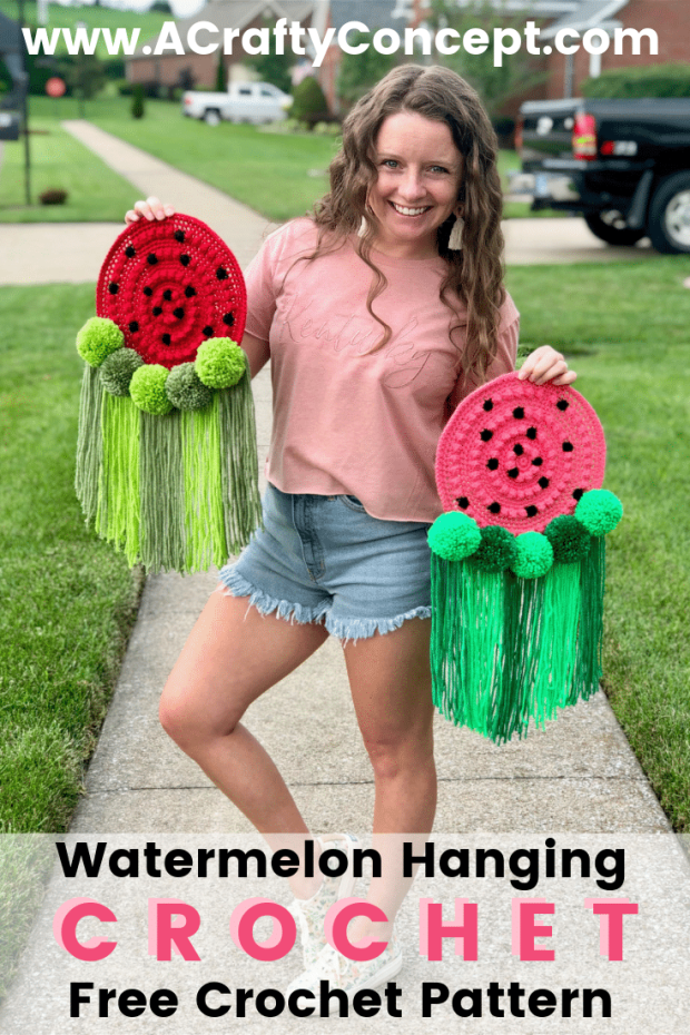 Follow this easy crochet watermelon pattern to make a watermelon themed wall hanging for your home! Pattern includes a full video tutorial and high quality images, making this the perfect crochet pattern for beginners.