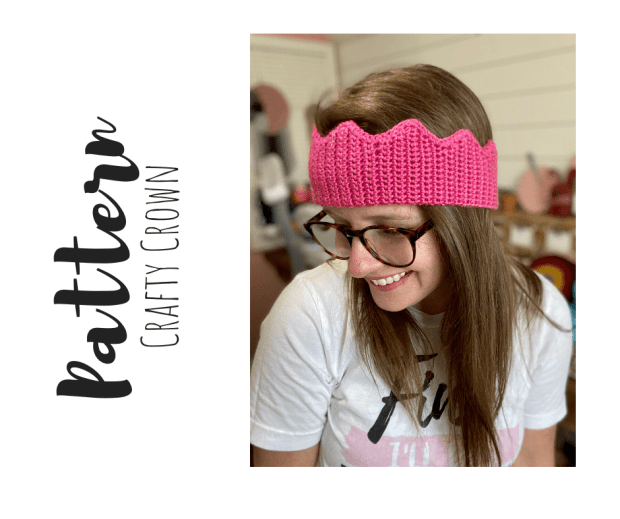 Free Crochet Crown Pattern- The perfect beginner-friendly crochet pattern for all the little princes and princesses in your life.
