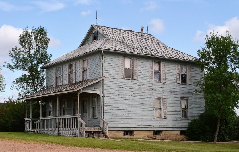 Abandoned Home in Rowley Alberta Canada