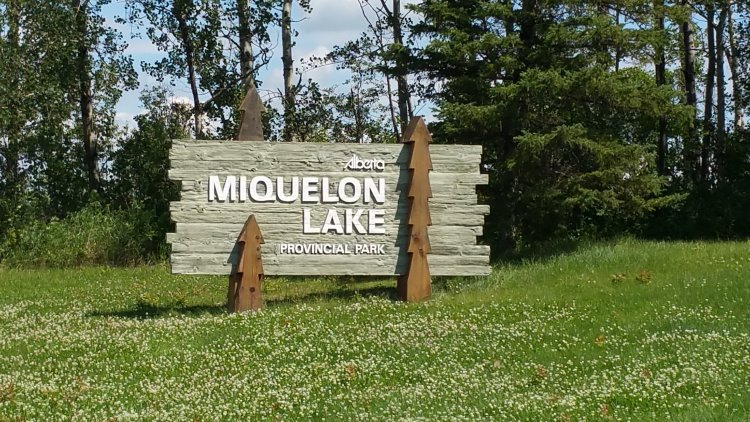 Miquelon Lake Provincial Park - review