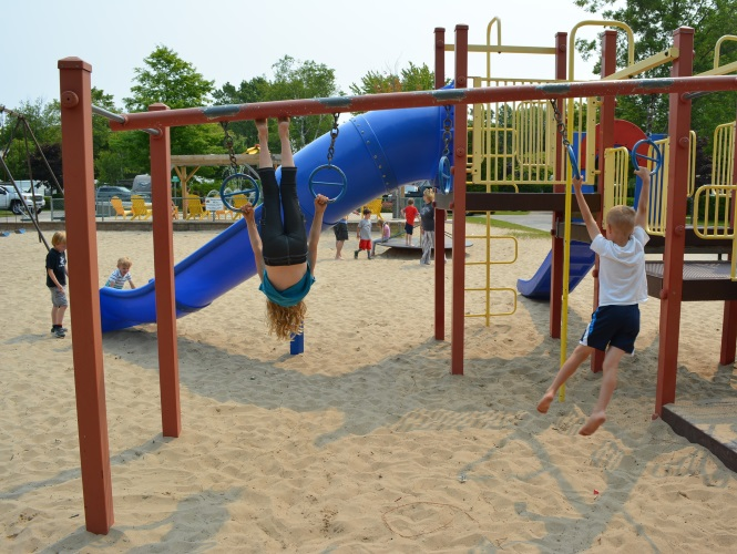 west-side-playground-at-carsons-camp
