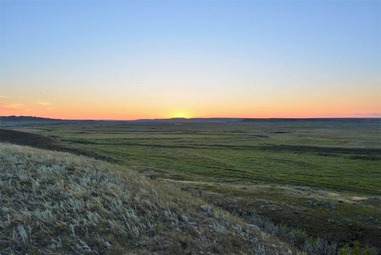 sunset-at-grasslands-national-park