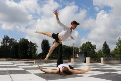DUET by yARTsave/preKRASnaya. ACROYOGA DANCE FLOW Anton Yartsave and Prekrasnaya Maria ABOUT OUR COL