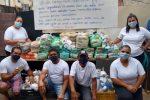 Familias de la comunidad reciben las donaciones de Nueva Acrópolis (Zona Oeste/SP, Brasil)