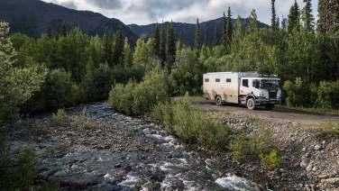 «Campingplatz» direkt am Fluss.