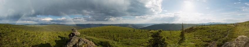 Top of the World Highway zwischen Kanada und Alaska.