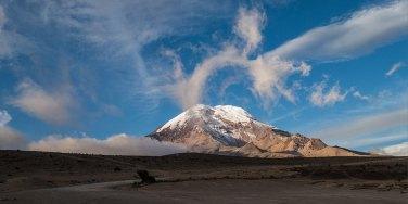 Tolle Aussicht auf den Chimborazo. So unverhüllt zeigt er sich selten.
