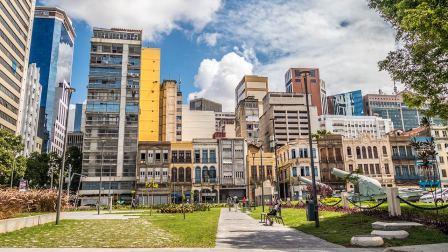 Rio de Janeiro ist eine bunte, lebendige, überraschend schöne Stadt.