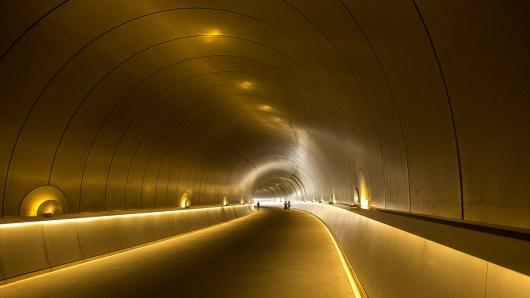 Themenwechsel: Der Fussgängerweg zum berühmten Miho-Museum...