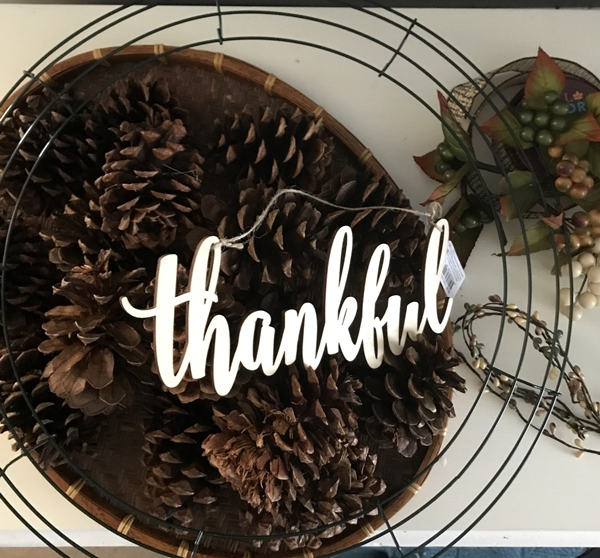 Pine Cone Wreath for Thanksgiving supplies