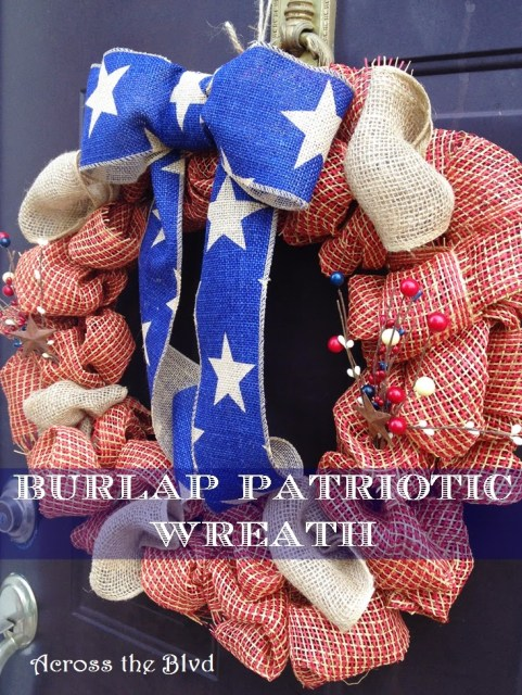 Burlap Patriotic Wreath Across the Blvd