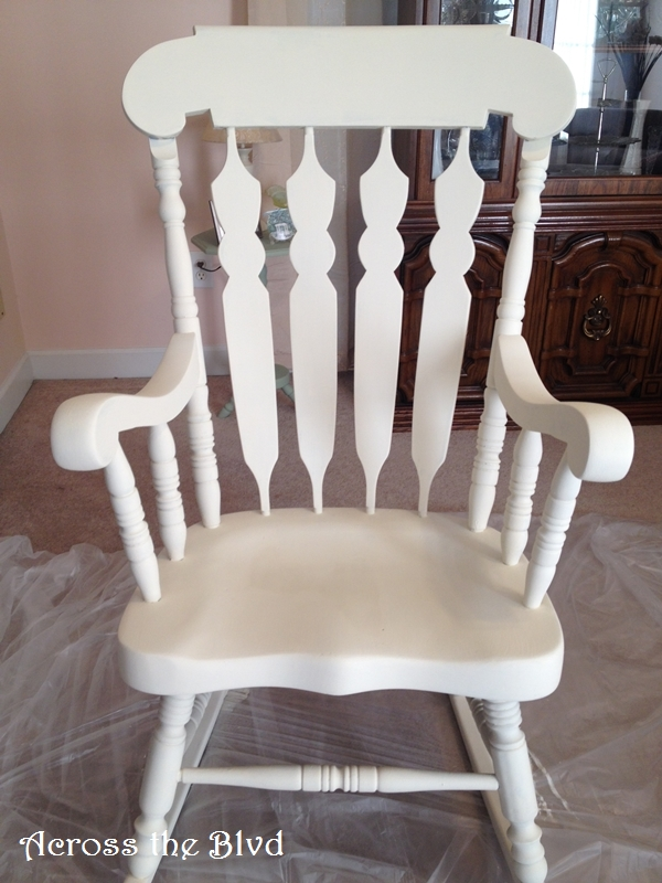 2 Coats of Annie Sloan Old White
