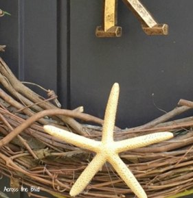 Grapevine wreath with starfish