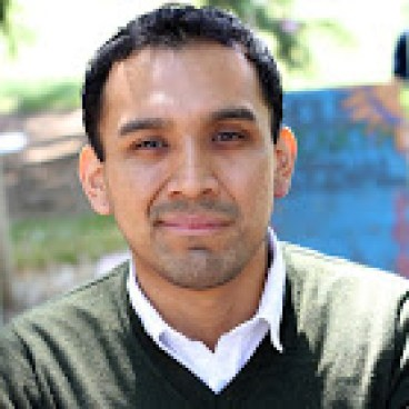 Ruben Gil-Herrera, Outlet Spanish Language and Education Coordinator