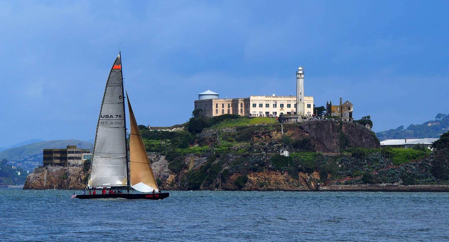Alcatraz tours and Cruises on yacht USA 76