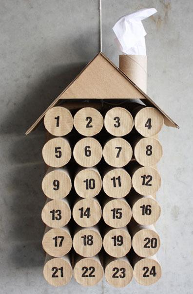 calendario adviento con rollos papel