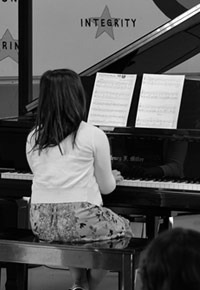 Private piano lessons available