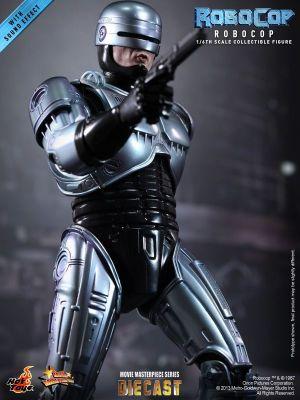 Hot Toys - RoboCop - RoboCop Collectible Figure_PR10