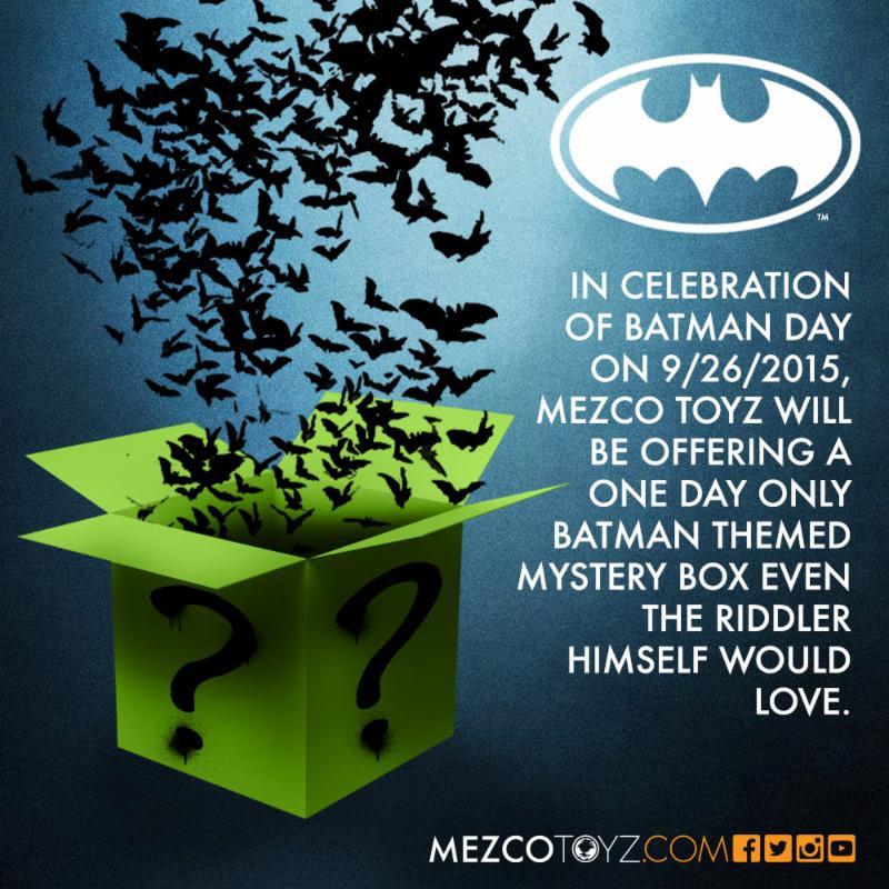 MezcoBatmanDayBox15