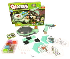 Qixels Glow-in-the-Dark Combo