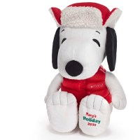 2015_Snoopy_plush_at_Macy's