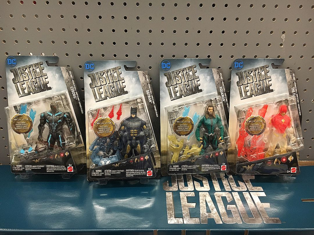 These are some next level @justiceleaguethemovie repaints from @mattel I know I showed the other day, but I found the whole wave at @Walmart