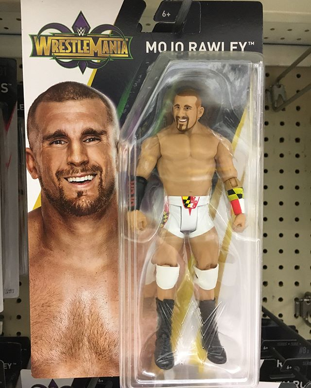 Just in time for ! New @Mattel figures at @toysrus