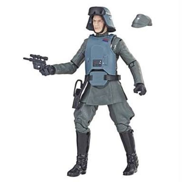 Pretty excited about the @walgreens exclusive General Veers. So cool that @hasbro did the removable armor and alternate hat. I'm in for 2!