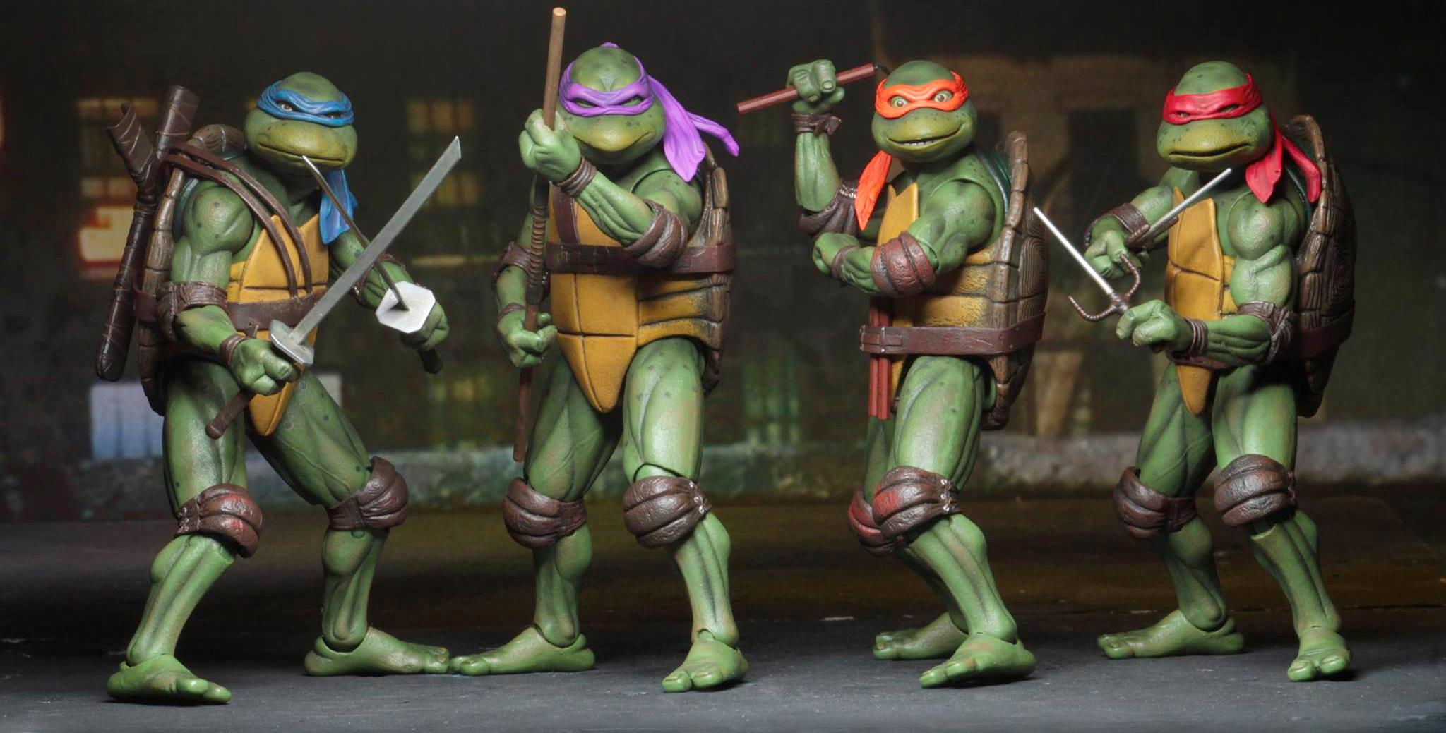 """NECA Fan Teenage Mutant Ninja Turtles Cartoon 7/"""" Figure-Pre Order"""