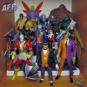 Shelf Organizer - Batman Rogues (1198x1200).jpg