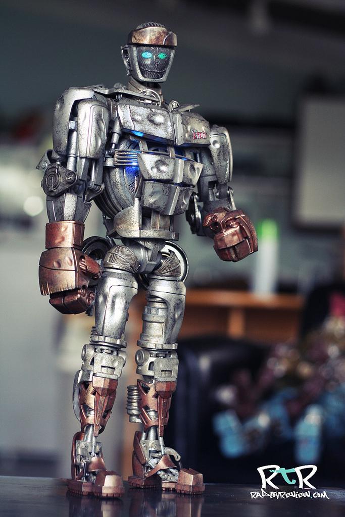 картинки игрушек роботов из живой стали чем приступить