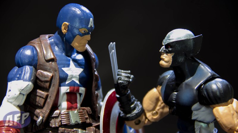Hasbro Marvel Legends 2013 Series 1 Ultimate Captain America and X-Force Wolverine