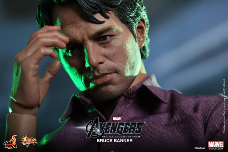 Hot Toys The Avengers Bruce Banner 01