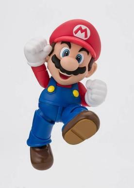 SH Figuarts Super Mario 01